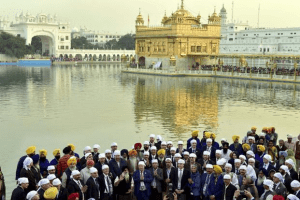 People on their pilgrimage to Amritsar